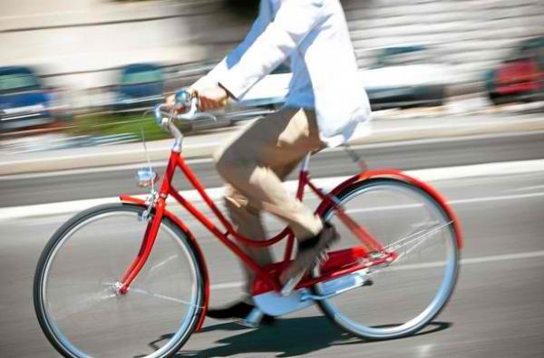On veut développer l'usage du vélo, comme une vraie alternative à l'automobile!