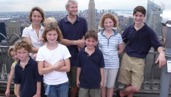 On a fait le tour du monde en famille avec 7 enfants alors qu'on a peu de moyens !
