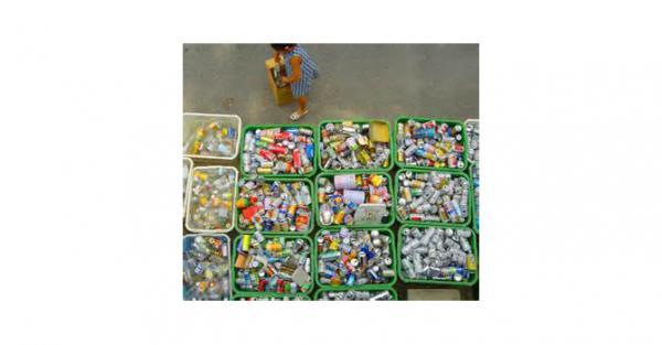 J'ai décidé de me lancer dans divers recyclages, ré emploi de déchets et réalisation de produits naturels