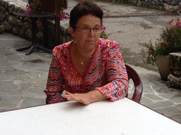 On a décidé de bien s'occuper des personnes âgées dans notre village !